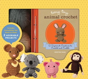 Cover of Teeny Tiny Animal Crochet 9780760353226